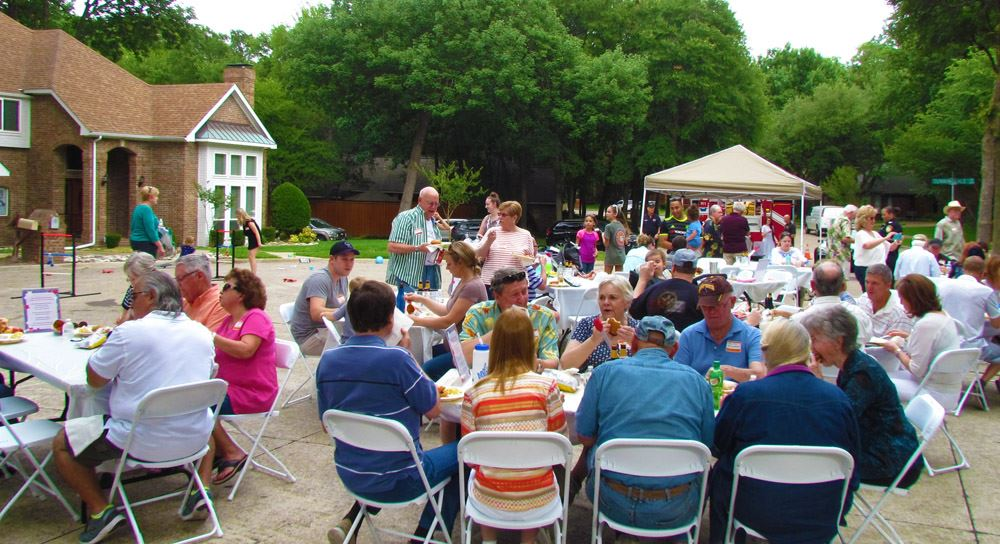 Firewheel Farms Volunteers Block Party Photo Cropped